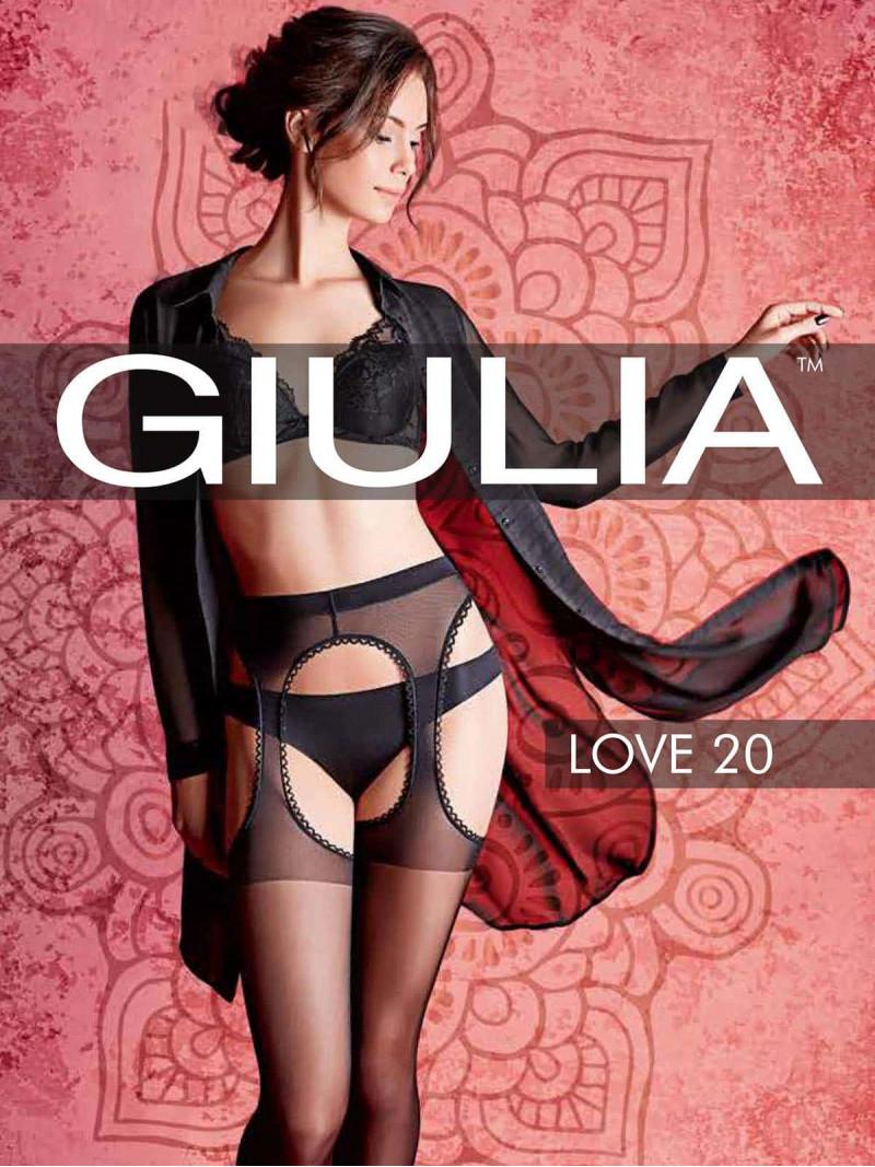 Giulia In Love